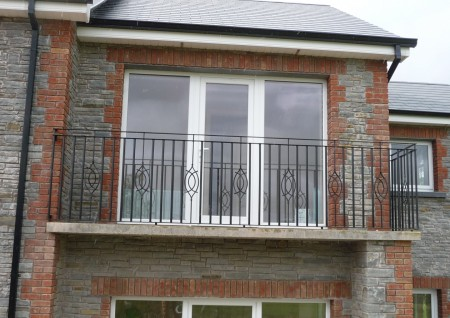 'Virginia' Wrought Iron Balcony Balustrade