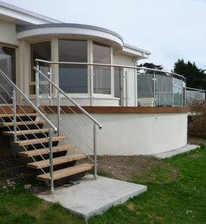 'Ceanchor' Stairs Curved Deck Balustrade