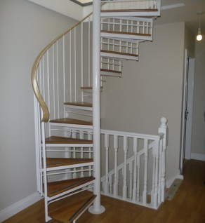 'Violet Hill' Executive Spiral Stairs