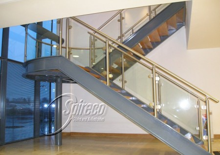 'IDA' Stairs with Stainless Steel & Glass Balustrade