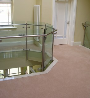 'Hill Road' Stainless Steel & Glass Balustrade