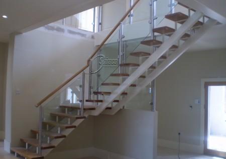 'Newbridge' Stairs with Half Landing