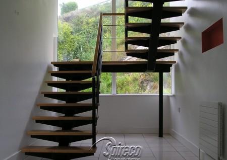 'Redrock' Bat-Wing Stairs