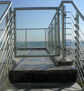 Stainless Steel & Glass Gate