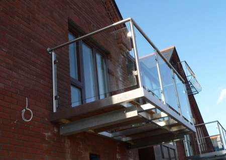 'Arianna' Stainless Steel Balcony