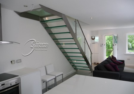 Glass Treaded Stainless Steel Stair