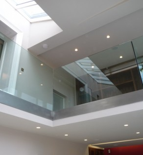 'Palmerston' Spectral & Glass Balustrade
