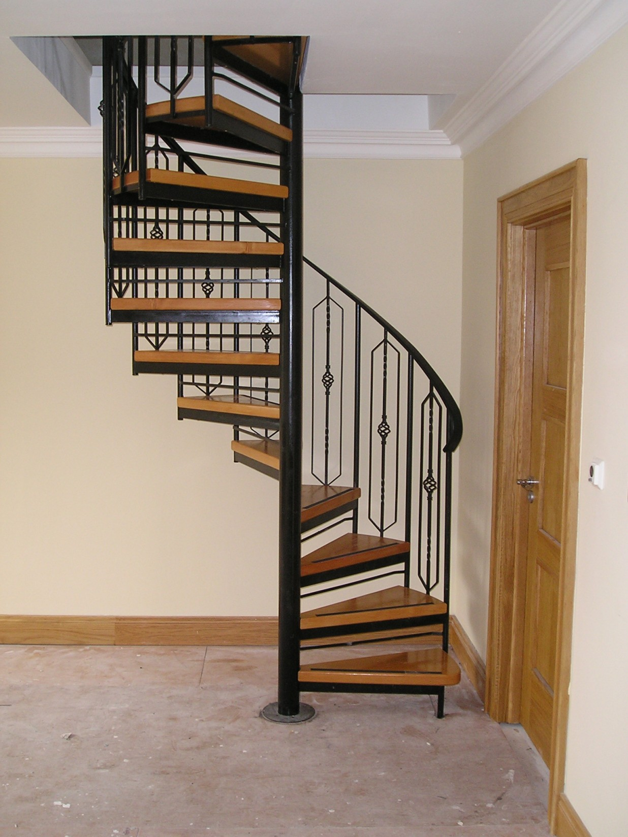 Carpenterstown Traditional Spiral Stairs Spireco