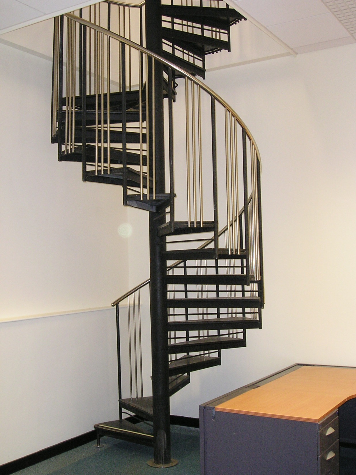 Commercial spireco spiral stairs for Spiral stair