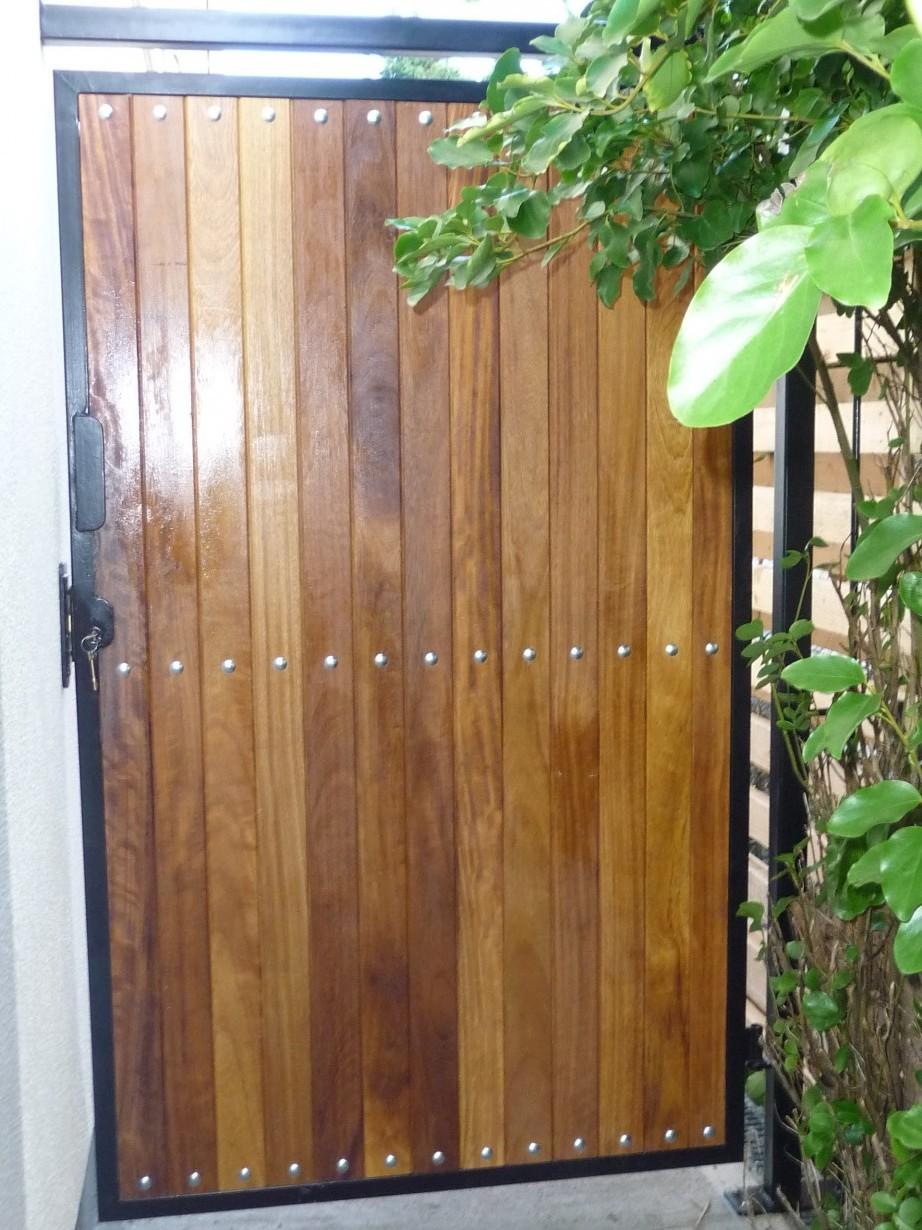 Gates Amp Steel Doors Spireco Spiral Stairs