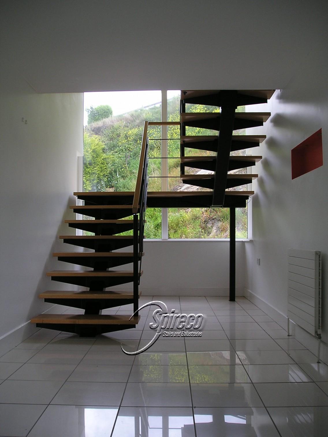 Redrock Bat Wing Stairs